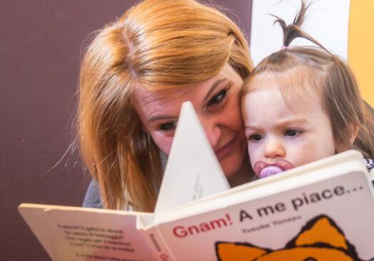 Mammeonline, i benefici della lettura in famiglia